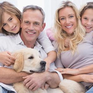 Famiglia con cane